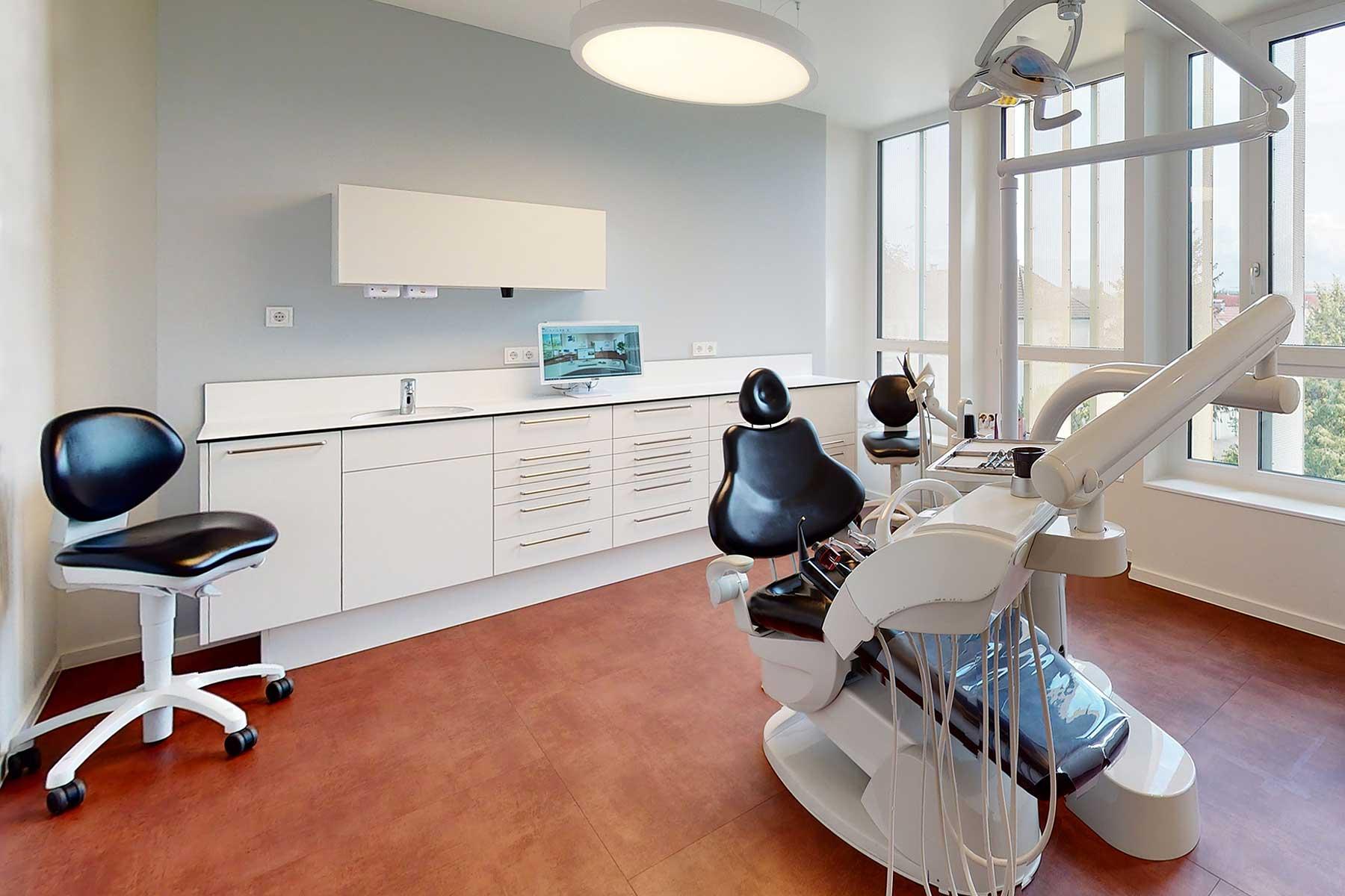 ZAHN | ZENTRUM Radolfzell Behandlungszimmer